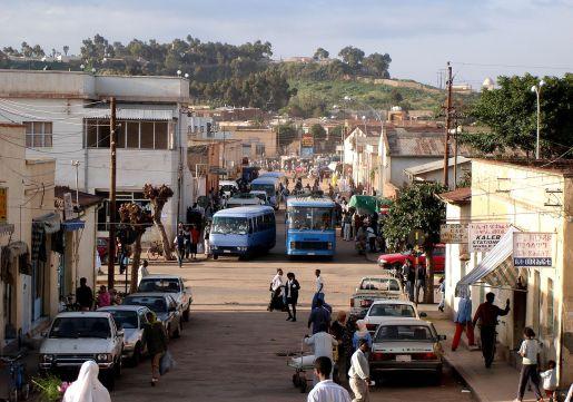 1280px-asmara_street