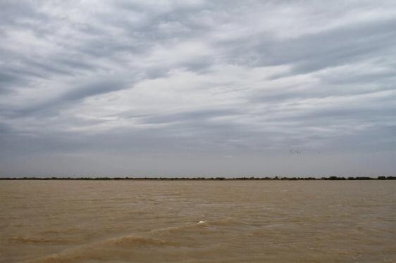 IMG_5861, 2013 12 18 10h30, le fleuve Sénégal sous la pluie ! Photo par Frédéric Bacuez