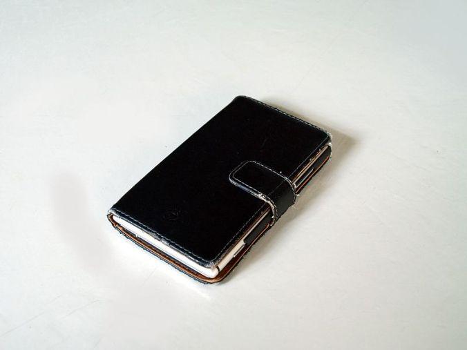 Smartphone_case_cover_black