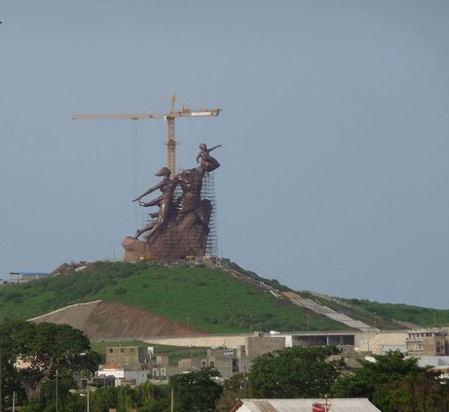 African_Renaissance_Monument_-_2009_-_panoramio