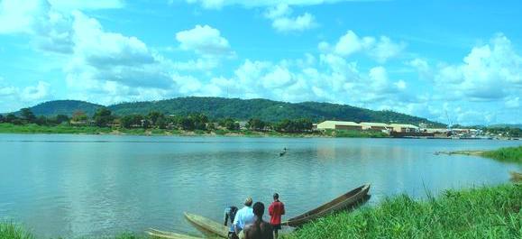 Ubangi_river_near_Bangui