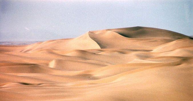 1024px-Namib_desert_dunes