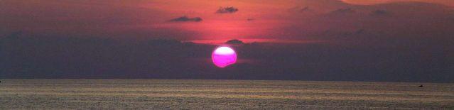 1280px-Sunset_in_Ricadi.jpg