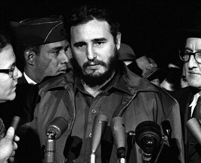 Fidel_Castro_-_MATS_Terminal_Washington_1959.jpg