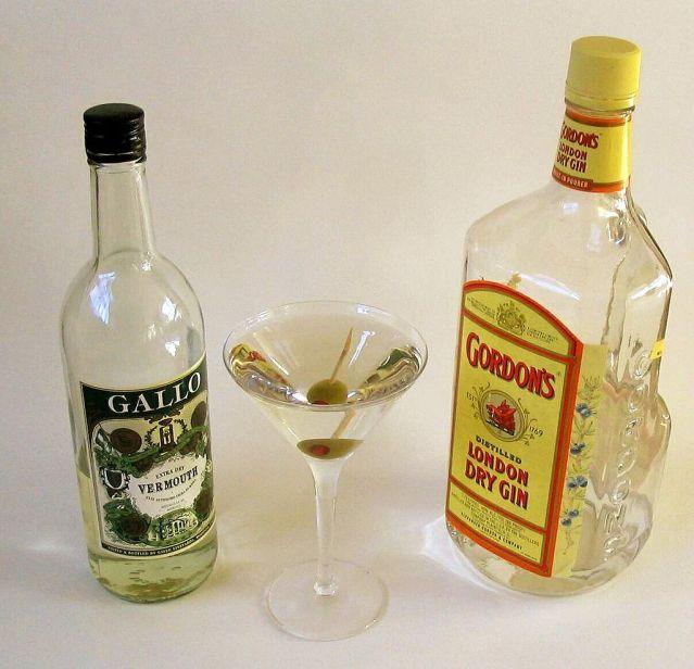 1024px-Dry_Martini.jpg